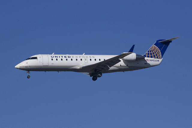 United Airlines Emergency Landing Flight 6517 Tucson